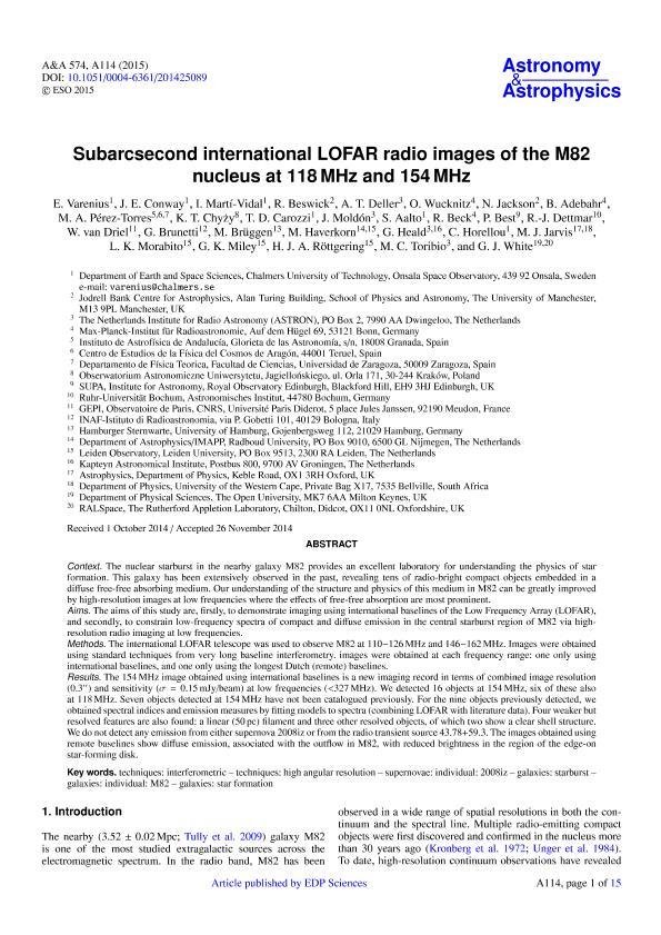 Subarcsecond international LOFAR radio images of the M82 nucleus at 118MHz and 154 MHz